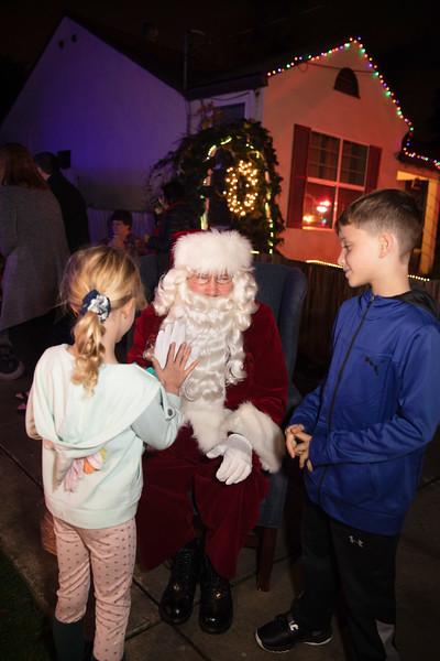 12-08-19-Christmas With Chris & Family-29.jpg