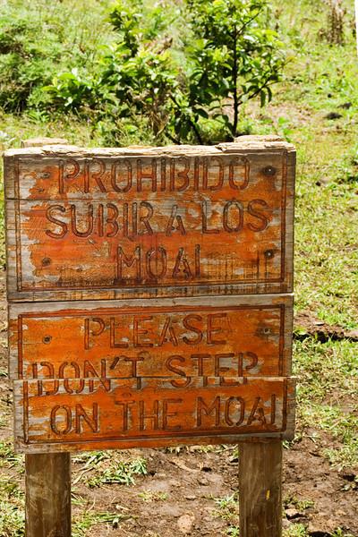 Don't Step on Moai.jpg