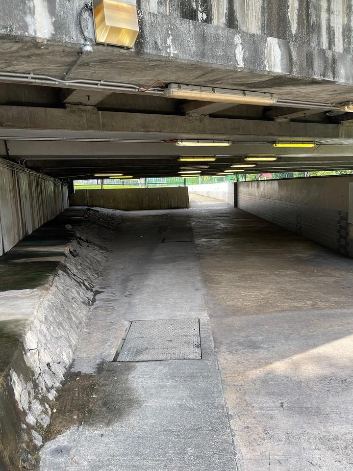 Underpass from Geylang Lor 1 Bus Terminal to Kallang Riverside Park