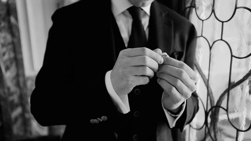 Tu-Nguyen-Destination-Wedding-Photographer-Elopement-Venice-Italy-Europe-w3a28.jpg