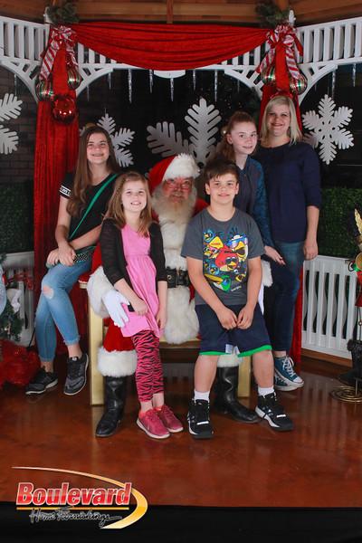 Santa 12-17-16-508.jpg