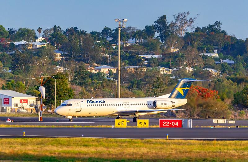 Alliance Airlines Fokker F100 VH-UQB landing at Rockhampton Airport