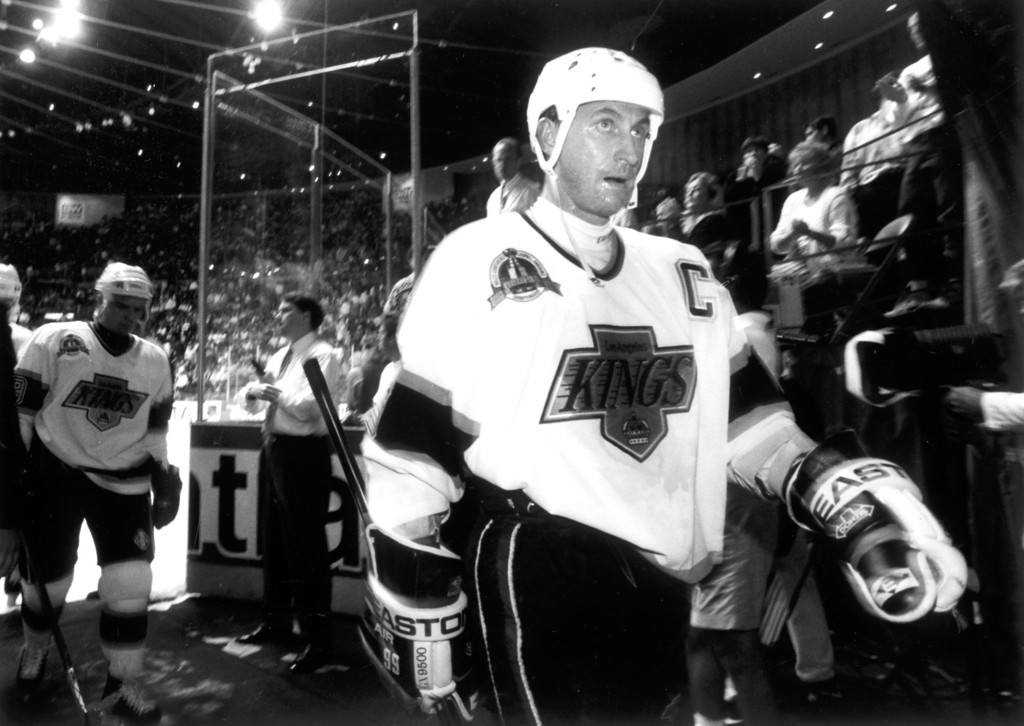 . Kings Wayne Gretzky leaves the ice after warming up on 6/7/93.   L.A. Daily News file photo