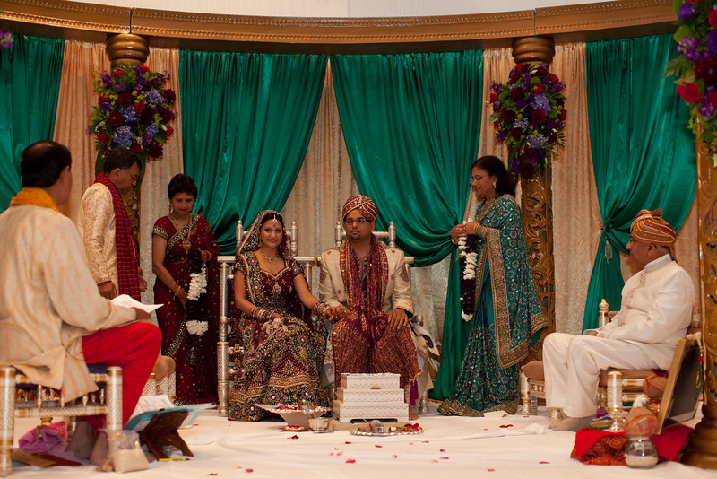 Shikha_Gaurav_Wedding-985.jpg