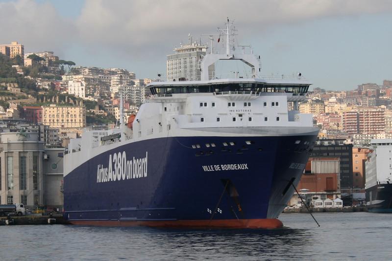 2010 - M/S VILLE DE BORDEAUX in Napoli.