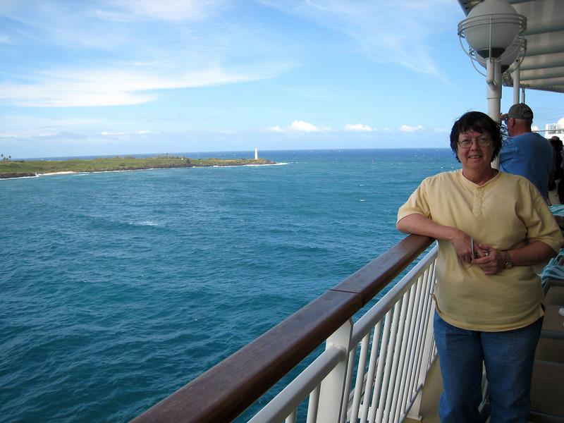 Pat Departing Nawiliwili, Kauai
