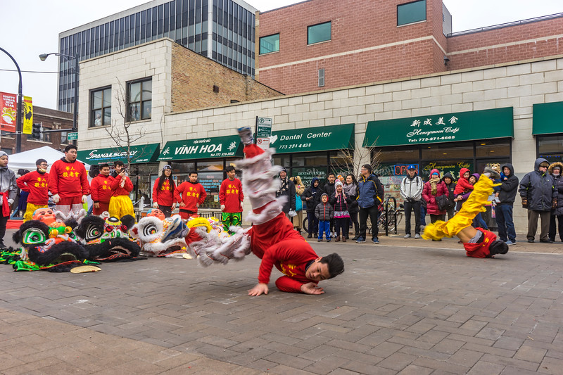 The Chinese Acrobats in Red