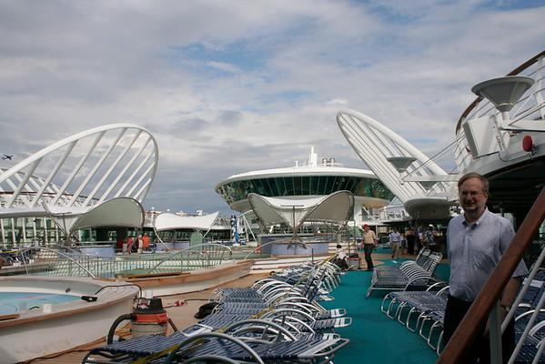 Enchantment of the Seas Tour