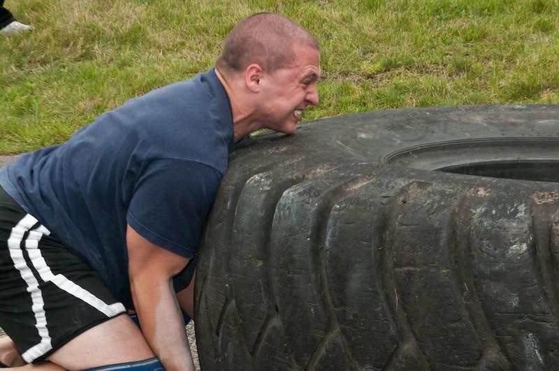 Fitness Revolution Strongman Challenge 2011_ERF4342.jpg