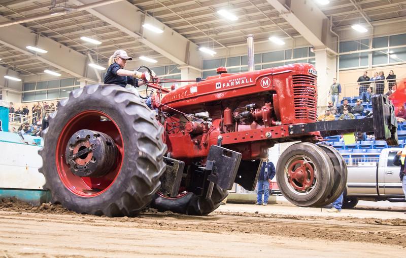 Tractor Pull-03741.jpg