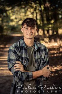 Kaidyn Harris Senior Portraits 2021
