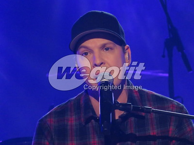 Gavin deGraw 26-NOV-2019