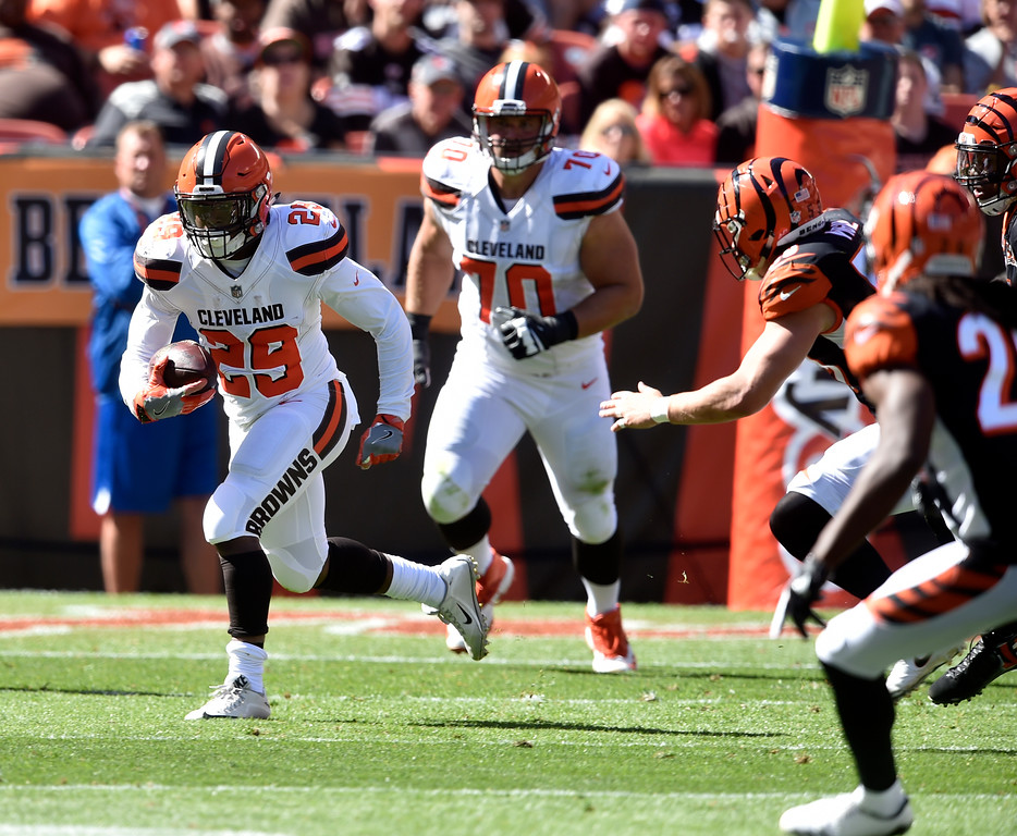 . Cleveland Browns running back Duke Johnson (29) runs the ball in the first half of an NFL football game against the Cincinnati Bengals, Sunday, Oct. 1, 2017, in Cleveland. (AP Photo/David Richard)