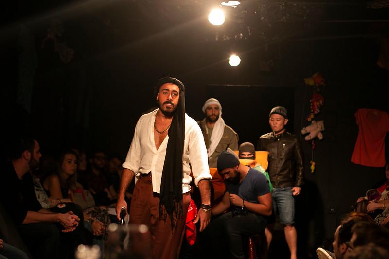 Allan Bravos - Fotografia de Teatro - Indac - Migraaaantes-137.jpg