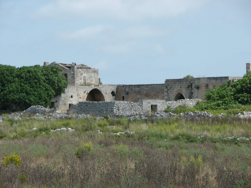 The abandoned masseria on way to Serrano & Otranto