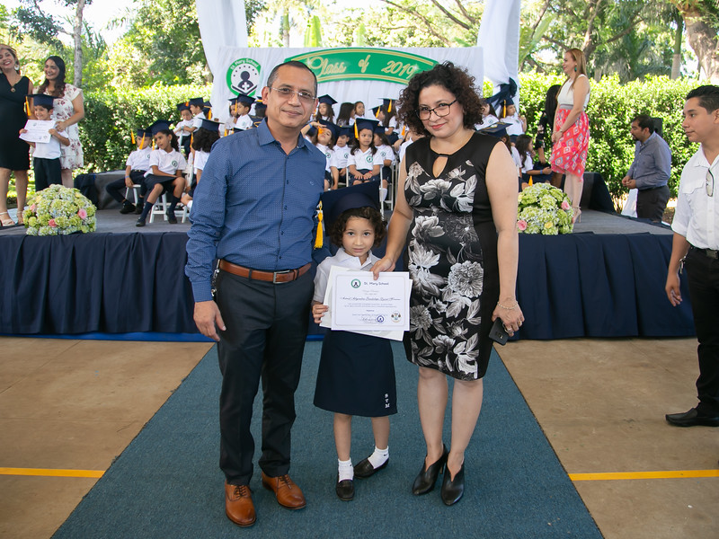 2019.11.21 - Graduación Colegio St.Mary (1186).jpg