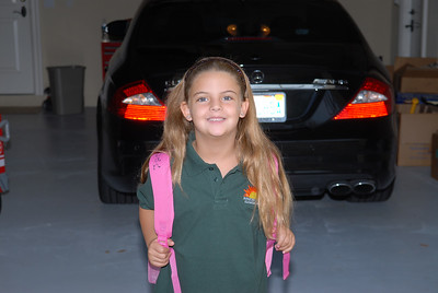 2007-08-22 - Morgan's 1st day of first grade