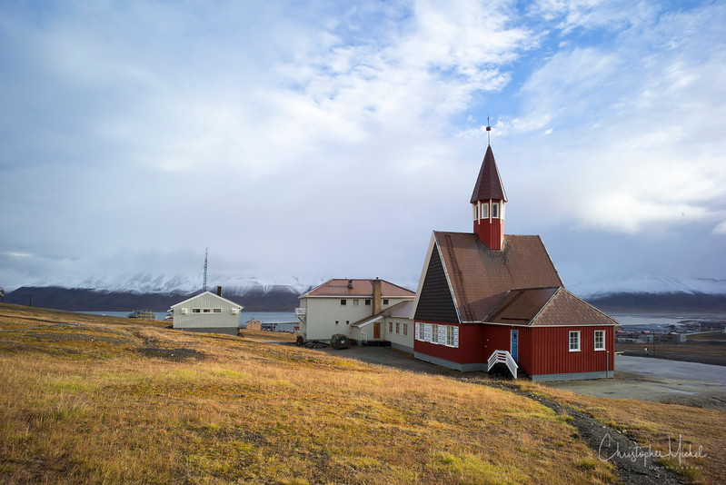 8-28-16169335 Longyearbyen Svalbard.jpg