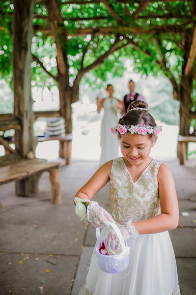Vicsely & Mike - Central Park Wedding-10.jpg