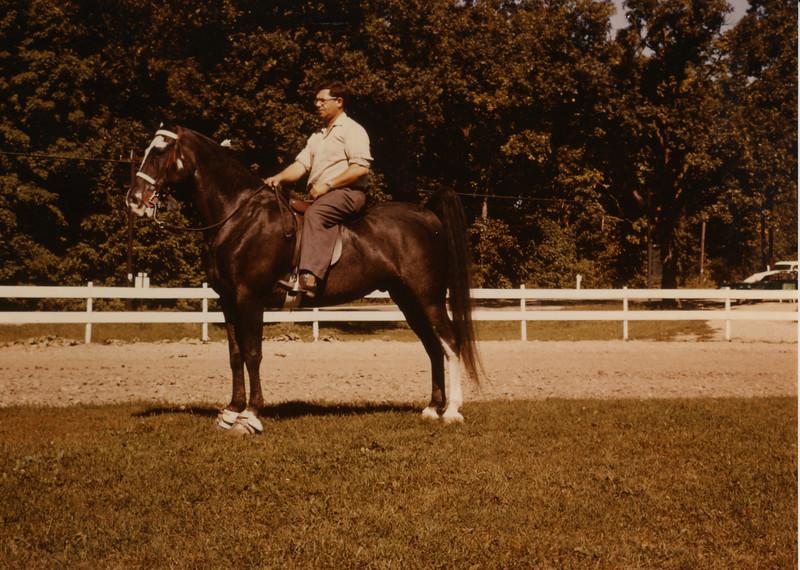 401-Bill on horse - 2006-08-01 12-27-58.jpg
