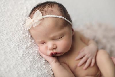 liliana newborn