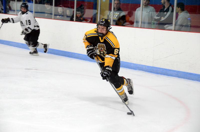 141005 Jr. Bruins vs. Springfield Rifles-013.JPG