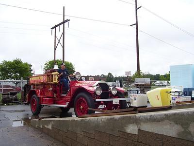 Antique Fire trucks,Miss Daisy, sept 06