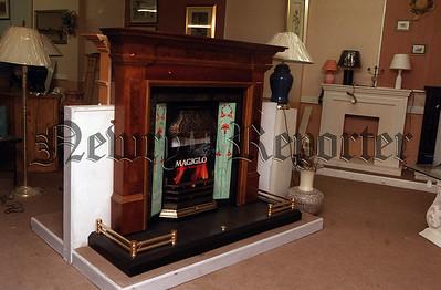 R011906 McKee Fireplaces