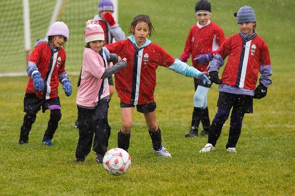 Firebirds Soccer U10 Girls Oct 06 in Blizzard