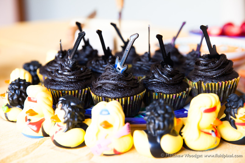 Woodget-140517-019--cake, chocolate, cup cake, music - CATEGORIES, Music - things, rubber duck.jpg
