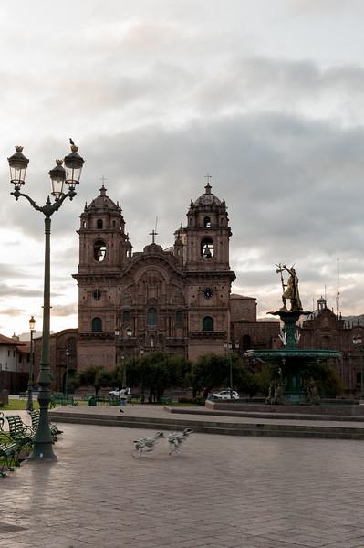 Iglesia La Compañía de Jesús - Plaza de Armas Cusco