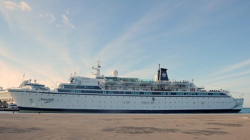 Cruise 03-09-2016 Aruba 79.JPG