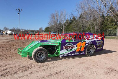 04/25/15 Racing