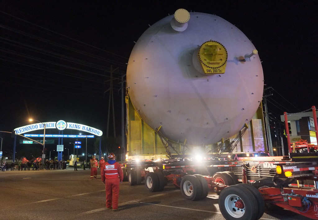 . Two huge 500,000 pound coke drums units were transported from King Harbor in Redondo Beach to Chevron refinery in El Segundo Wednesday and early Thursday morning, forcing the closure of Sepulveda Blvd.  The first coke drum makes the turn onto Pacific Coast Hwy. from Redondo Beach into Hermosa Beach. 20130220 Photo by Steve McCrank / Staff Photographer
