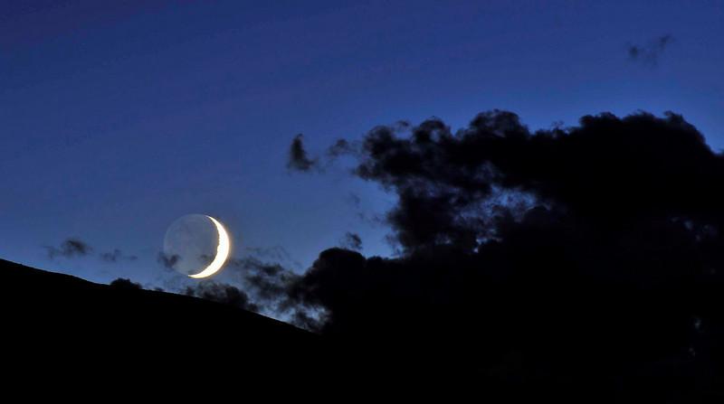 beautiful moonset 1