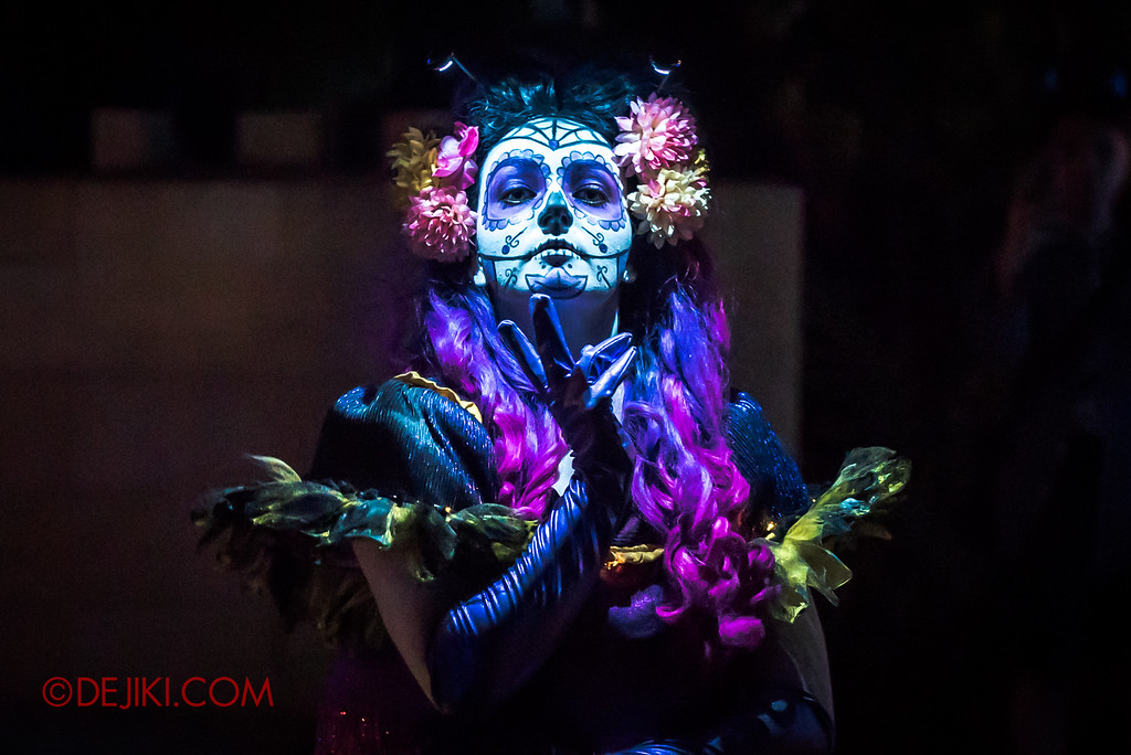 Halloween Horror Nights 6 Final Weekend - March of the Dead / Floating Cindy straight