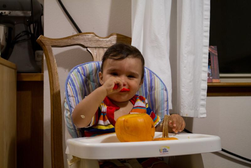 PumpkinCarving-292.jpg