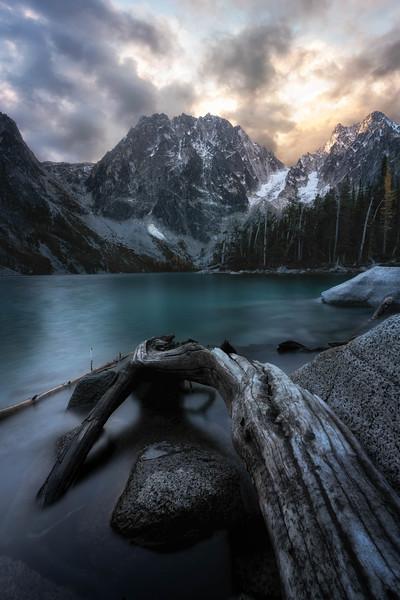 Colchuck Lake Sunrise.jpg