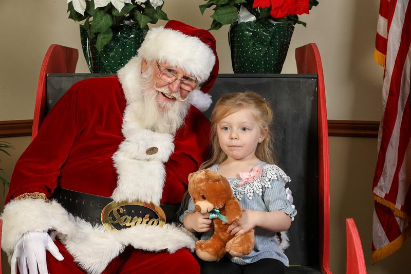 TBTP 2019 Photos with Santa-8.JPG