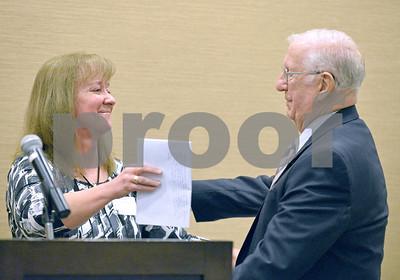 Glen Ellyn community awards