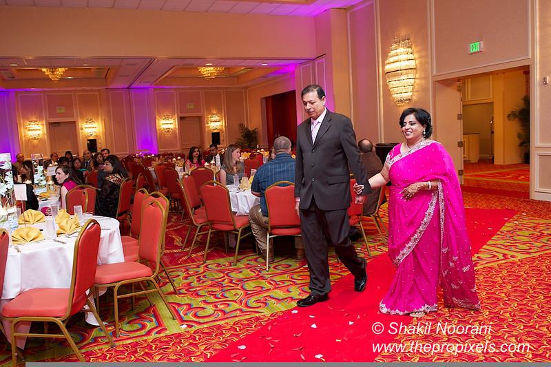 Naziya-Wedding-2013-06-08-02164.JPG