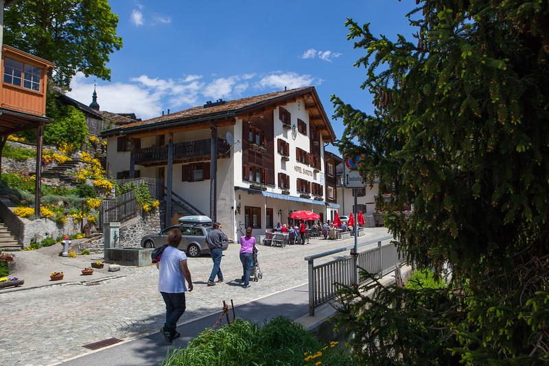 Rheinwald-Hotels-D-Aebli-004.jpg