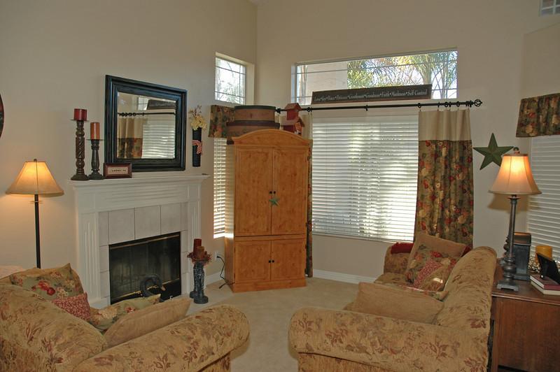 pinon living room.jpg