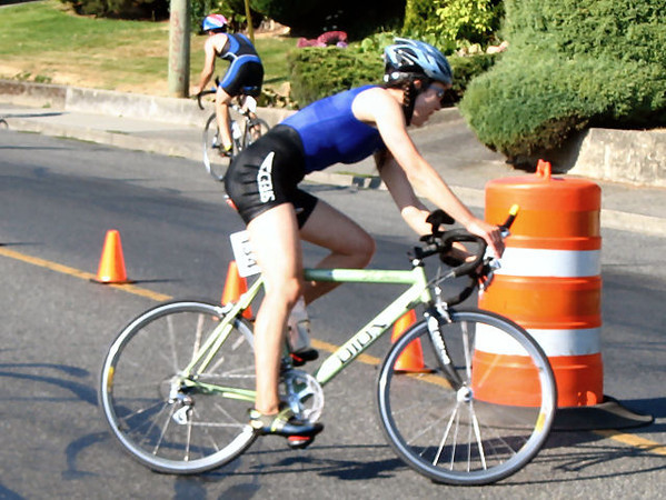 2005 Cadboro Bay Triathlon - Arturo Huerta - Olympic racewalker