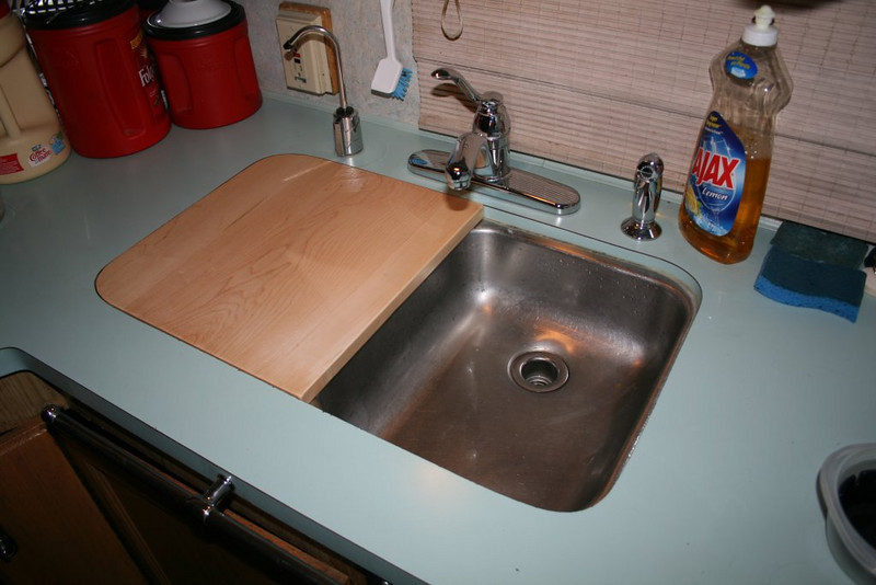 New cutting board / counter extension. Made from hard maple at Neil's woodshop Bend, Oregon