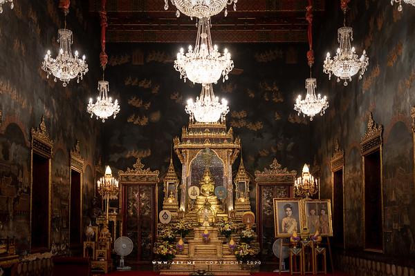 Phra Vihara (Interior)