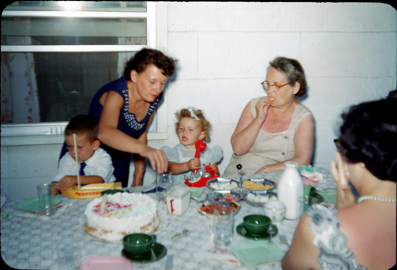 birthday party at aunt madeline's 4.jpg