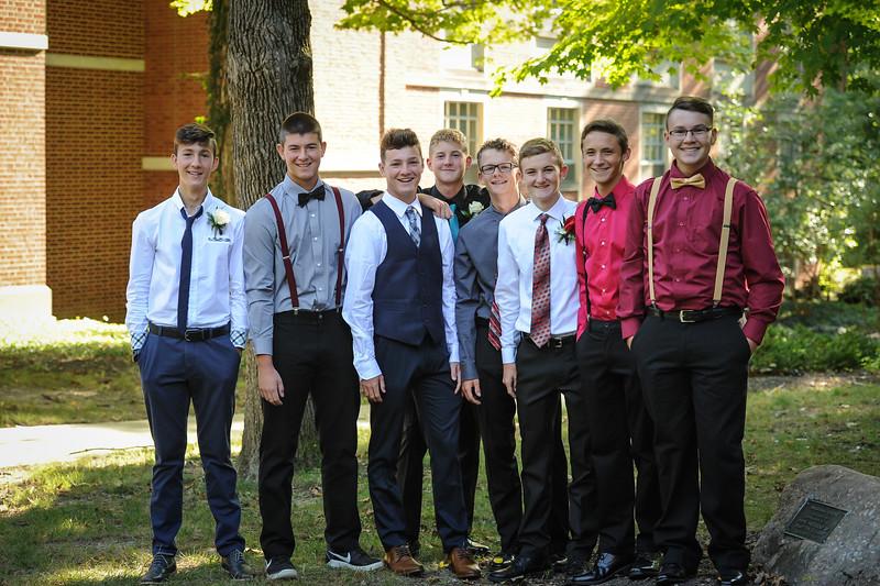9-29-18 Bluffton HS Homecoming - Eden Nygaard and friends - 10th grade (Class of 2021)-8.jpg