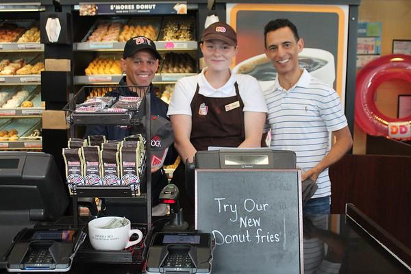 Jockeys visit Dunkin' Donuts
