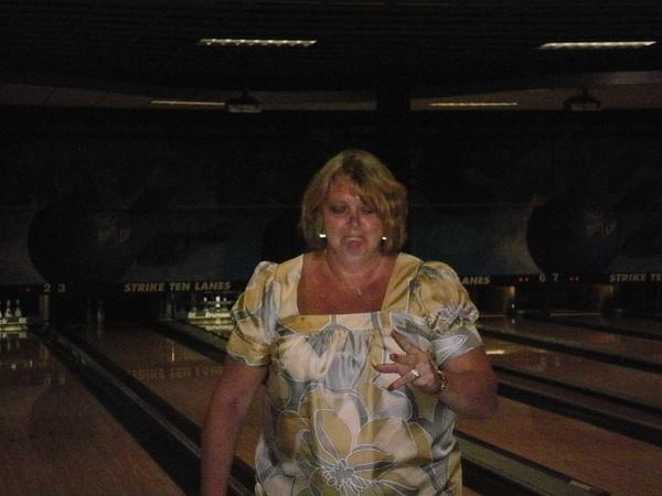 O/M Bowling Aug 2010